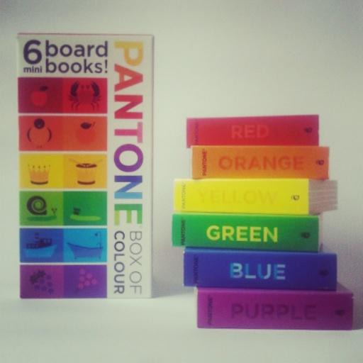 YoYo atelier - Pantone Box of Colour